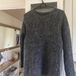 Graumann sweater