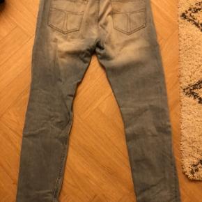 Gamle Tiger of Sweden jeans til salg. Pistolero jeans med det rigtige fit str 33/32