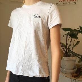 Fin t-shirt med fransk skrift