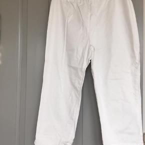 FORÅR 👏🏻🌸 Masai jeans str L  97% bomuld 2,5 elastan God stand Lv 37 cm Længde 51 cm