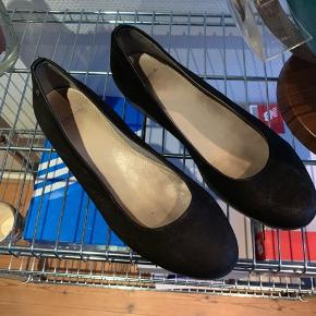 Flotte vagabond plateau sko i str 40. En smule brugte, men ellers fejler de intet.