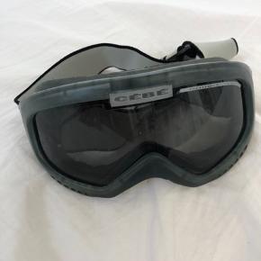 Skibriller som aldrig er brugt