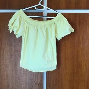 Flot gul t-shirt fra H&M str XL