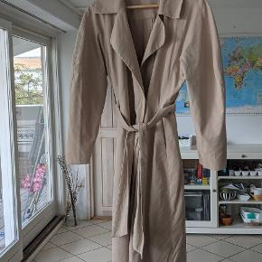 & Other Stories trenchcoat