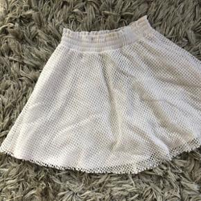 Mesh hvid nederdel fra Estradeur Str XS Ubrugt Np 350kr