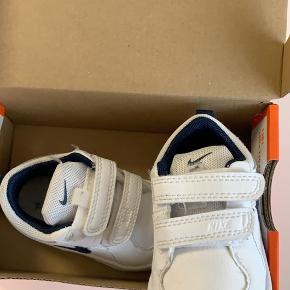 Nike babysko