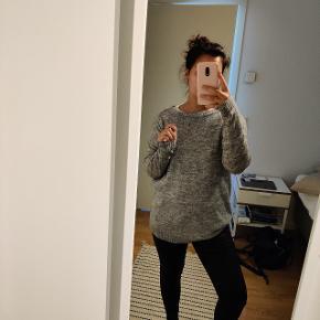 Sweater. Klør ikke.