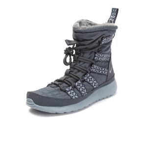 Nike roshe run hi sneakerboot i grå. Størrelse 38,5. Perfekt til skitur og vintervejr generelt. Vind og vand-afvisende.