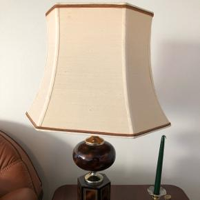 Bordlamper 2 stk.  Fin stand. OBS: Sælges kun samlet. Skal afhentes i Sydhavnen