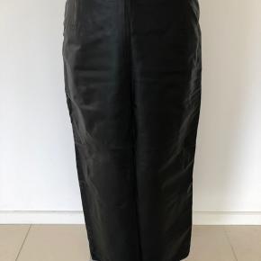 HUGO BOSS nederdel