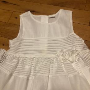 Sælger denne smukke kjole, brugt en enkelt gang☺️