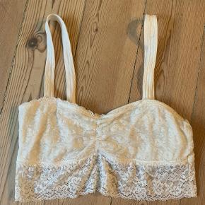 Gilly Hicks lingeri