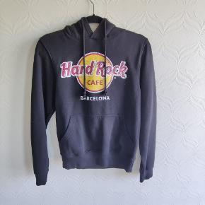 Hard Rock Cafe sweater