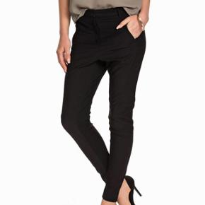 Teodosio trousers , elegant but relaxed cut.. new price 1700 dkk