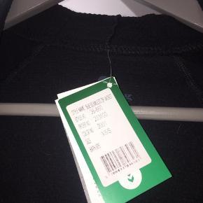 Super fed Hummel hættetrøje, stadig med prismærke Np: omkring 350 - 4500  #30dayssellout