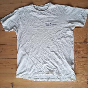 Halo Design t-shirt