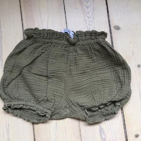 Shorts that work both for summer or chill days with tights underneath. Price pp.
