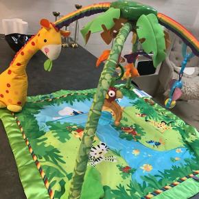 Sælger dette super fine aktivitets tæppe fra Fisher-Price inkl legetøj dertil- har mange funktioner og lyd muligheder