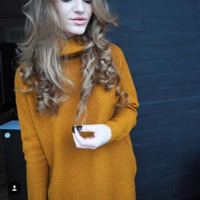 Oversized turtle neck in mustard colour (new price 500dkk)