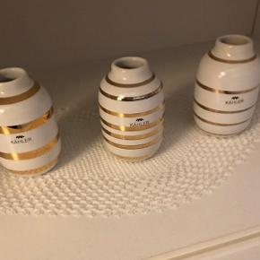Små Kæhler vaser med guldbånd. By  Sender med post- DAO. Tradonohandel