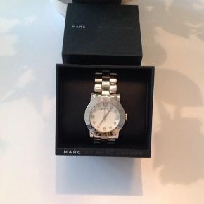Super fint Marc Jacobs ur, byd gerne
