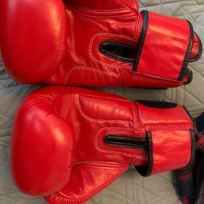 Boksehandsker fra FBT pro i læder. Aldrig brugt. 14 OZ