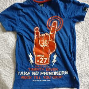 Næsten ny T-shirt i str 8 år