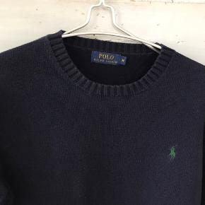 Lækker klassisk sweater fra Ralph Lauren. Brugt få gange. 100 % bomuld. Se mine andre annoncer!