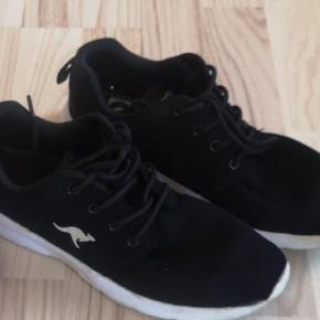 Fine sko.  Lidt brugte med brugs mærker