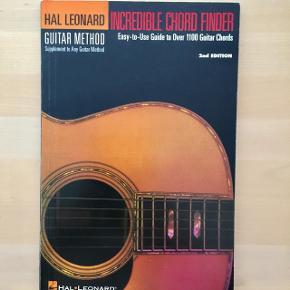 Incredible Chord Finder (Hal Leonard Corp)Ubrugt 15 kr. (nypris 40 kr.) Sendes ikke. Afhentes i Aarhus C
