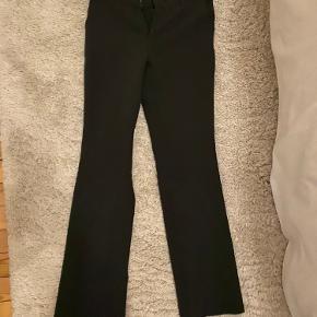Neo noir dresspants. Nesten ikke brugt, passer en S-M (jeg er 175)