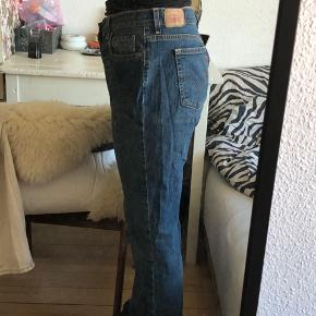 Levis boot Cut jeans 14 Long waist 34