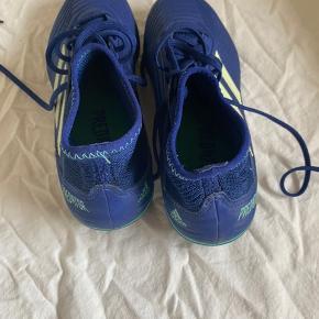 Fodbold sko Kan bruges på kunstgræs og alm græs