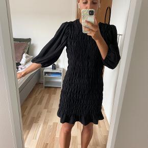 Mango kjole