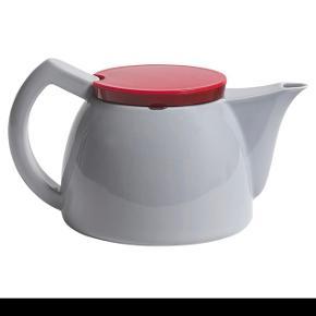 Hay Teapot. Aldrig brugt og er i kasse. Ny pris 549,85 kr.  MP 300kr   🌸🌸🌸🌸🌸🌸🌸