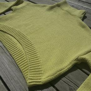 Smuk gul crop-top sweater fra H&M   Søgeord: sweater, cardigan, trøje, bluse, crop-top
