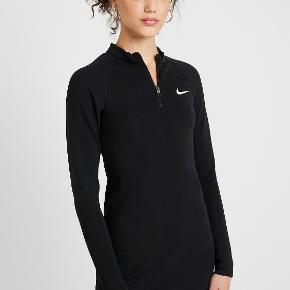 Nike kjole eller nederdel
