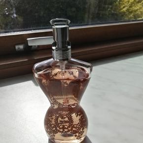 Jea Paul Gaultier Eau de Parfume 100 ml lidt brugt Ny pris 865kr