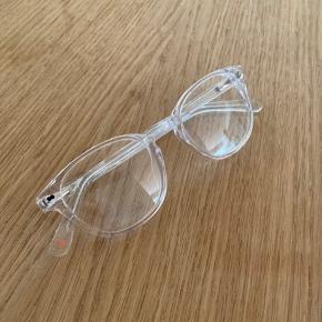 Christopher Cloos blue light briller.  Brugt få gange. Sælges da jeg er begyndt at bruge briller med styrke og derfor ikke får dem brugt. ☺️