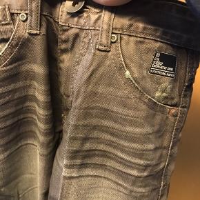 Helt nye jeans