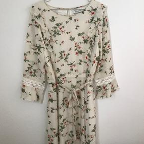 Haust kjole
