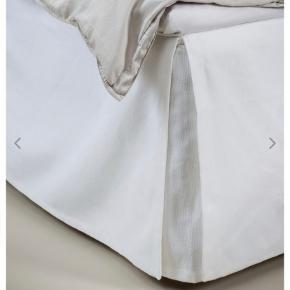 Himla, Weeknight Bed skirt White. Str. 180x220x52 cm. Nypris over 2000kr (279euro). Kvittering kan medgives. Under 1 år gammelt.
