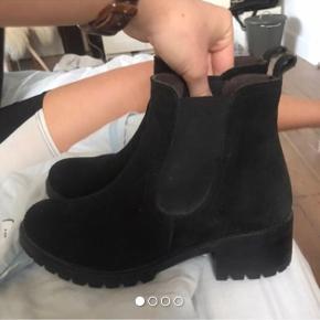 Støvler fra pavement Skriv for flere billeder eller mere info🥰