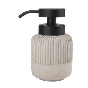 Fejler intet. Kun brugt ganske lidt på mit badeværelse. Sælges kun som sæt. Obs. jeg har ikke toiletbørsten og den lille tandbørsteholder.   Materialet er beton. Prisen er for dem begge to!