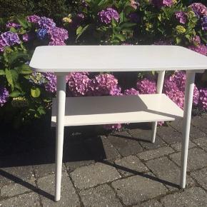 Retro  bord  teak træ malet hvid