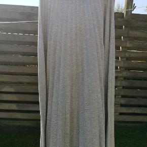 Smørblød plisseret nederdel i jogging stof Passer STR XS og S Forsendelse 38 kr med DAO