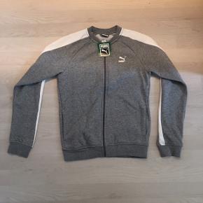 Helt ny puma trøje sælges til halv pris. :-)