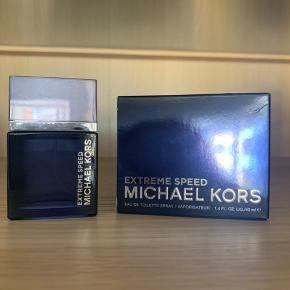 Michael kors Extreme speed parfume  Helt ny 30ml   Nypris 430kr  Sælges for 225kr
