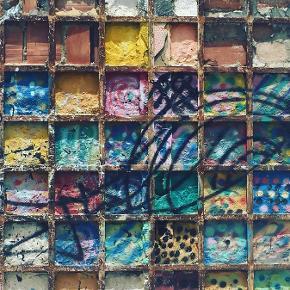 Artprint af smuk fabriksbygning i Portugal. Måler 50x70 cm, signeret og nummereret. Begrænset oplag. Gratis fragt