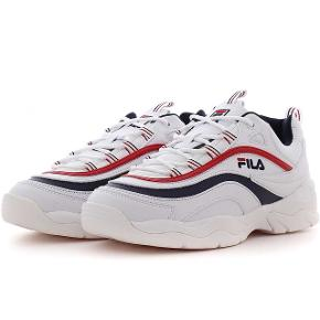 Sælger Fila Ray Sneakers  Str. 39 Skriv for billeder eller andet. Byd!